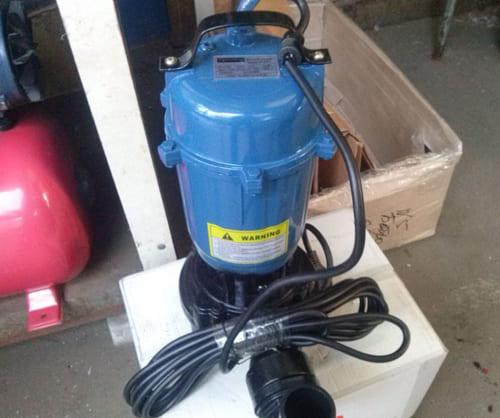 установка фекального насоса, устранение засора   канализации,  унитаза, канализации